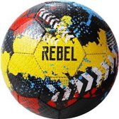 Rebel rubberen straatvoetbal