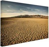 Droog woestijngebied Canvas 120x80 cm - Foto print op Canvas schilderij (Wanddecoratie)