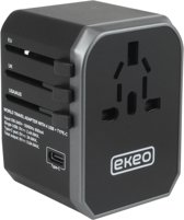 EKEO - Pro universele Wereldstekker met 4 USB Poorten en 1 USB-C - Internationale Reisstekker meer dan 200 landen - Engeland (UK) - Amerika (USA) - Australië - Azië - Zuid Amerika - Afrika - Reis Adapter - Wereld Stekker - Oplader – Zwart