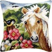 kruissteekkussen 9044 paard met vogel
