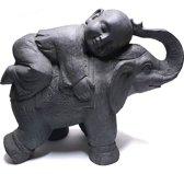 Monnik op olifant donkergrijs   GerichteKeuze