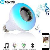 Vontar Bluetooth Speaker LED Lamp - Energiebesparende LED Lamp met Afstandsbediening voor 12 Kleuren - E27 Licht ingang - 6W Luidspreker - Kwaliteit Box en Lamp in 1 - Maak van elke donkere Kamer een Feestje!