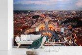 Fotobehang vinyl - Het Sint Pietersplein en de huizen rondom in Vaticaanstad breedte 540 cm x hoogte 360 cm - Foto print op behang (in 7 formaten beschikbaar)