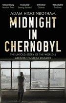 Boek cover Midnight in Chernobyl van Adam Higginbotham