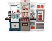 Step2 Grand Luxe Kitchen / Roto-moulded plastic / 35,6 x 167 x 127 cm / Incl. 78-delige accessoireset