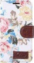 Mobigear Wallet Book Case Flower Wit voor Samsung Galaxy S7 Edge