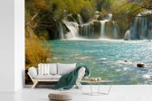 Fotobehang vinyl - Skradinski Buk-watervallen in het Nationaal Park Krka in Kroatië breedte 360 cm x hoogte 240 cm - Foto print op behang (in 7 formaten beschikbaar)