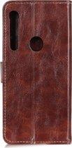 Mobigear Magnetic Buckle Retro Luxe Wallet Hoesje Bruin Motorola One Macro