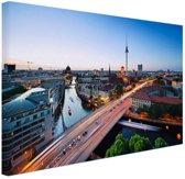FotoCadeau.nl - Berlijn stadslandschap met tv-toren Canvas 80x60 cm - Foto print op Canvas schilderij (Wanddecoratie)