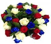 Boeket met 10 rode, 10 witte en 10 blauwe rozen mix