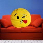 MikaMax - Emoji Kiss - Sierkussen - 35x35 cm - Geel
