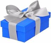Blauw cadeaudoosje 10 cm met zilveren strik