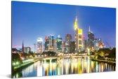 Verlichting in Frankfurt am Main in de nacht Aluminium 180x120 cm - Foto print op Aluminium (metaal wanddecoratie) XXL / Groot formaat!