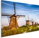 De eeuwenoude Molens van Kinderdijk in Nederland Plexiglas 80x60 cm - Foto print op Glas (Plexiglas wanddecoratie)