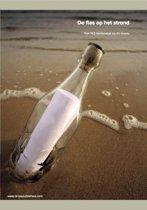 De fles op het strand
