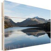 De wateren van het Nationaal park Snowdonia Vurenhout met planken 120x80 cm - Foto print op Hout (Wanddecoratie)