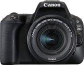 Canon EOS 200D + EF-S 18-55mm f/3.5-5.6 III - Zwar