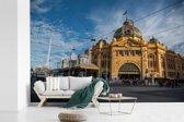 Fotobehang vinyl - Het spoorwegknooppunt van Melbourne in Australië breedte 330 cm x hoogte 220 cm - Foto print op behang (in 7 formaten beschikbaar)