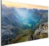 Geiranger vallei in Noorwegen Aluminium 120x80 cm - Foto print op Aluminium (metaal wanddecoratie)