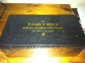 Family bible King James edition in ten volumes