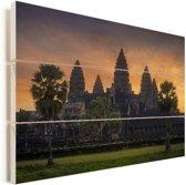 Zonsopgang bij de Tempel van Angkor Wat Cambodja Vurenhout met planken 120x80 cm - Foto print op Hout (Wanddecoratie)