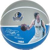 Spalding NBA Spelersbal Dirk Nowitzki