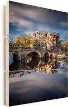 Typische herfstimpressie van de Prinsengracht in Amsterdam Vurenhout met planken 60x90 cm - Foto print op Hout (Wanddecoratie)