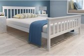 vidaXL Bedframe met spijlen massief grenenhout wit 140x200 cm