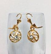 Fashionidea – mooie goudkleurige oorbellen ronde hangers met zirkonia en witte accenten