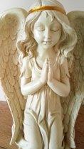Mooi beeld biddende engel