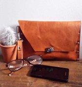 Toetie & Zo Handgemaakte Leren Clutch Cognac, tasje, makeuptas, oranje, bruin, leer