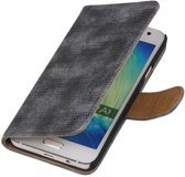 Wicked Narwal   Lizard bookstyle / book case/ wallet case Hoes voor Samsung Galaxy A3 (2016) A310F Grijs
