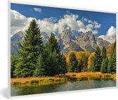 Foto in lijst - Boslandschap voor het Tetongebergte in de herfst in Wyoming fotolijst wit 60x40 cm - Poster in lijst (Wanddecoratie woonkamer / slaapkamer)