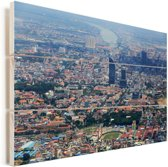 Luchtfoto van Phnom Penh in het Aziatische Cambodja Vurenhout met planken 90x60 cm - Foto print op Hout (Wanddecoratie)