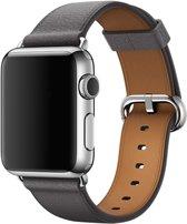 By Qubix - classic bandje voor Apple watch 42/44mm - leer - Kleur: Grijs - Gespsluiting - Maat: S/M 140 mm - 185 mm