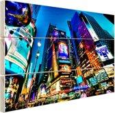 Times Square NYC in de avond Hout 80x60 cm - Foto print op Hout (Wanddecoratie)