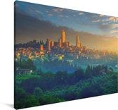 Zonsopkomst boven San Gimignano bij Toscane in Italië Canvas 60x40 cm - Foto print op Canvas schilderij (Wanddecoratie woonkamer / slaapkamer)
