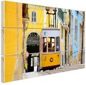 Kleurrijke straten Lissabon Hout 30x20 cm - klein - Foto print op Hout (Wanddecoratie)