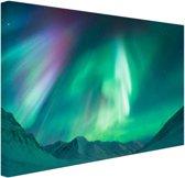 Prachtig noorderlicht boven de bergen Canvas 30x20 cm - Foto print op Canvas schilderij (Wanddecoratie)