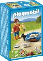 Playmobil Meisje Met Poezenfamilie - 5126