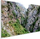 De Cares rivier bij het het nationale park Picos de Europa in Spanje Plexiglas 180x120 cm - Foto print op Glas (Plexiglas wanddecoratie) XXL / Groot formaat!
