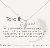 Simply Because Take it slow! Ketting (zilver, bedel veertje) 42 cm