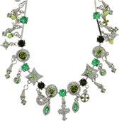 Ketting zilver-kleur met groene stenen hangers
