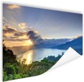 Meer met bergen  Poster 90x60 cm - Foto print op Poster (wanddecoratie)