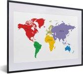 Foto in lijst - Wereldkaart met diverse kleuren op een witte achtergrond fotolijst zwart met witte passe-partout klein 40x30 cm - Poster in lijst (Wanddecoratie woonkamer / slaapkamer)