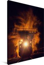 Prachtige stoomlocomotief in de nacht Canvas 120x180 cm - Foto print op Canvas schilderij (Wanddecoratie woonkamer / slaapkamer) XXL / Groot formaat!