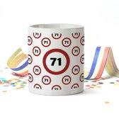 Mok met Leeftijd (verkeersbord) 71 Jaar Verjaardag