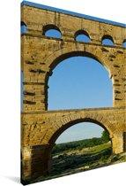 De 3 lagen van de Pont du Gard van dichtbij Canvas 90x140 cm - Foto print op Canvas schilderij (Wanddecoratie woonkamer / slaapkamer)