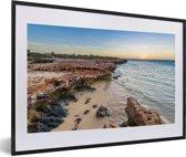 Foto in lijst - Mooie baai op de Kust van Ningaloo fotolijst zwart met witte passe-partout 60x40 cm - Poster in lijst (Wanddecoratie woonkamer / slaapkamer)