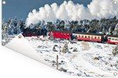 Een stoomlocomotief in de sneeuw Tuinposter 180x120 cm - Tuindoek / Buitencanvas / Schilderijen voor buiten (tuin decoratie) XXL / Groot formaat!